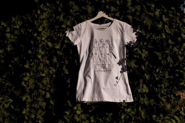 "Femi-Shirt ""Sisterhood"""